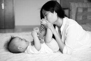 Dầu gội trị rụng tóc cho mẹ sau sinh