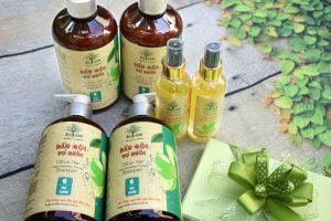 dầu gội thiên nhiên điều trị rụng tóc sau sinh.