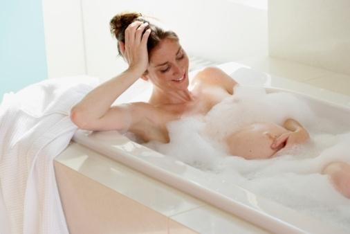 Tắm khi mang thai như thế nào cho đúng