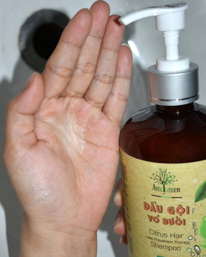 Dầu gội bưởi trị rụng tóc có mùi thanh mát